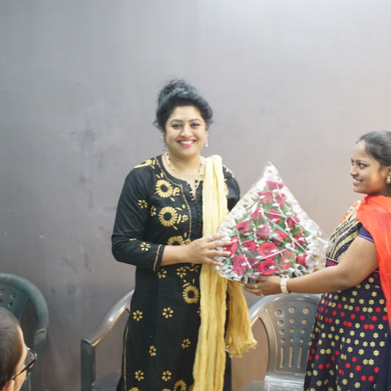 """Actress """"SANA"""" sharing her experiences with FTIH students"""